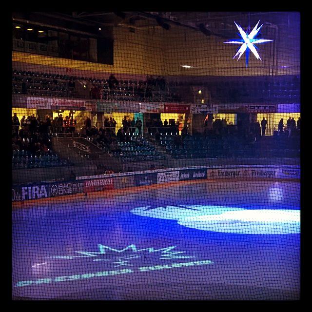 Einstimmung auf #Weihnachten #Eishockey #Eisl�wen