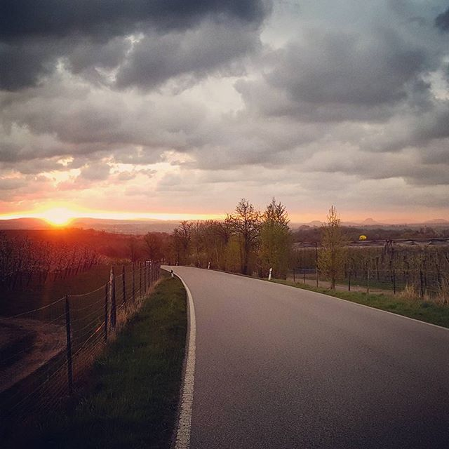 Let the sun shine #sunrise #sonne #gutenmorgen #goodmorning #mehrhashtagsalstext
