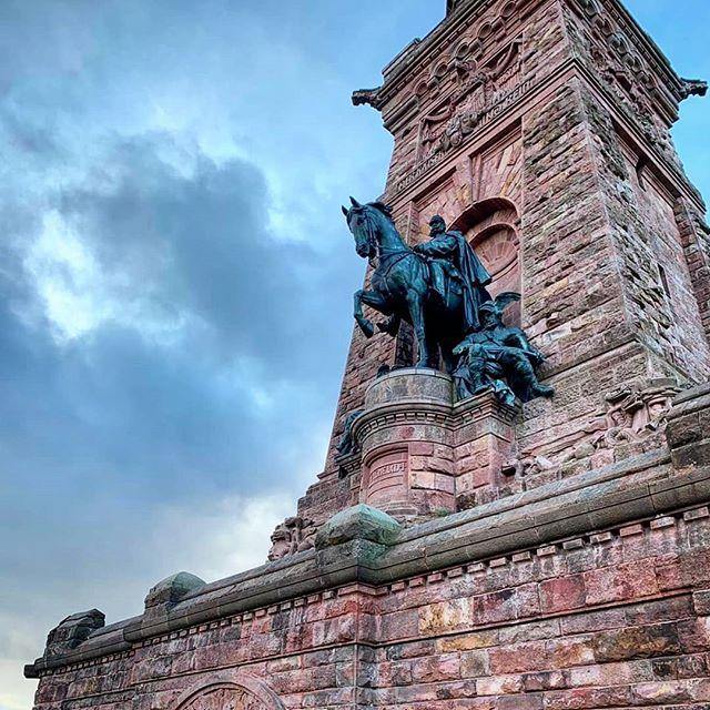 Auf den Spuren von Kaiser Wilhelm I & Barbarossa #kyffhäuser #thüringen #tiefsterburgbrunnenderwelt